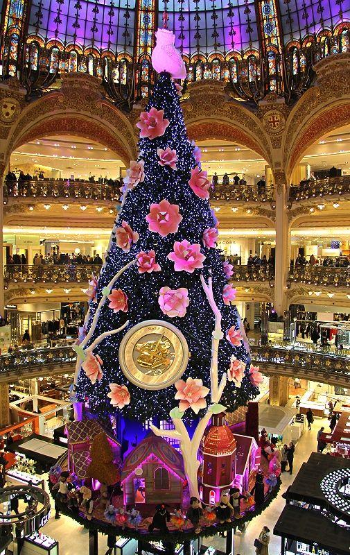Joyeux Noël, Galeries La Fayette, Paris