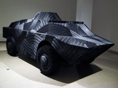 old tires sculpting | ... From Old Tires Gallery: Tire Sculpture: The Tank Picture | Break.com