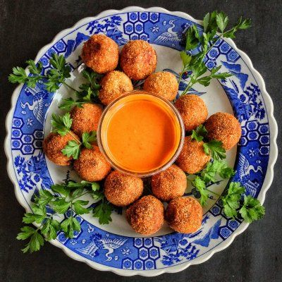 KimChi Fried Rice Balls by Veggietorials (I will be making this soon!!!!!)