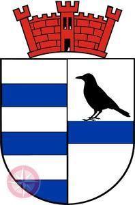 Ich habe das Sterkrader Wappen ein wenig geändert,habe einen schwarzen Rabe eingebracht genauso wie das Osterfelder Wappen wird auch das Sterkrader Stadtwappen falsch dargestellt. Achtet bitte Mal darauf. Oft ist der Rabe rot, oder die Mauerkrone schwarz. Wappen und Flagge Blasonierung: In Silber (Weiß) gespalten, vorn mit drei blauen Balken belegt und hinten geteilt durch einen blauen Balken, auf dem ein schwarzer Rabe sitzt. Das Oberwappen besteht aus einer roten Mauerkrone mit 3 Türmen.