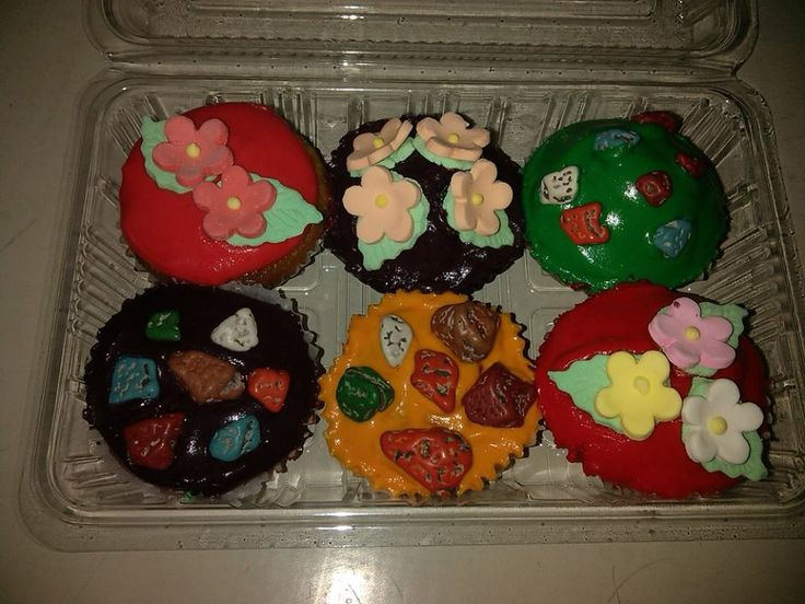 assorted cupcake: strawberry, ube, mango, orange, pandan, grape cupcake