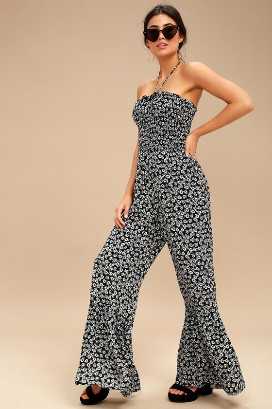 554560e9fe73 Be the cutest girl at the festival in the Lucy Love Tranquility Black and  White Floral Print Strapless Jumpsuit! This Boho-chic jumpsuit features  must-have ...
