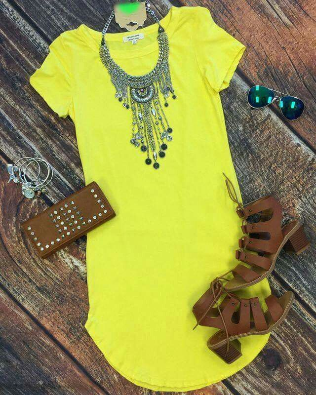 Yellow short dress, brown flip flops