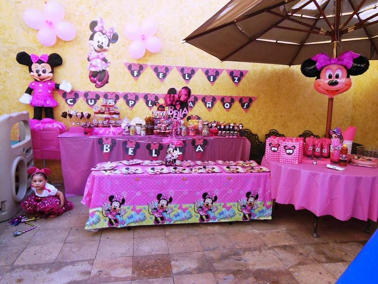 11 best images about minnie mouse party theme on pinterest. Black Bedroom Furniture Sets. Home Design Ideas