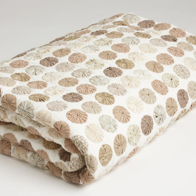 ethanallen.com - natural rosette quilt   ethan allen   furniture   interior design