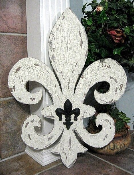 Fleur de Lis WHO DAT Shabby Cottage Signs by thebackporchshoppe