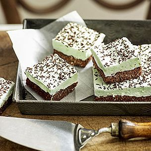 Chocolate-peppermint marshmallow slice