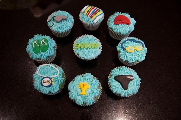 Swim team cupcakes