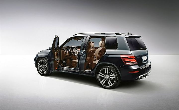 2018 Mercedes GLK - German Famous Auto Maker The Mercedes Motor Company will launching new GLK for upcoming season. After a few years magnificent