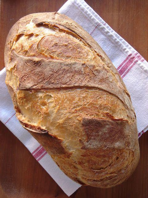 Nem vagyok mesterszakács: Békebeli kovászos fehérkenyér – dagasztással, természetes kovásszal, cserépben sütve