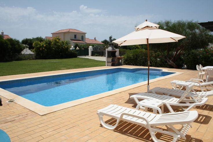 -29%! Ruime vakantievilla met zwembad op rustig resort vlakbij beroemde golfbanen en mooie stranden