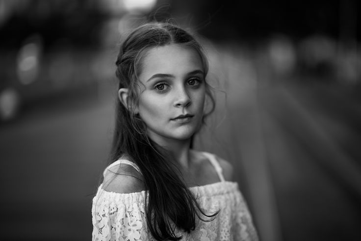 Black and white kids portrait - natural light