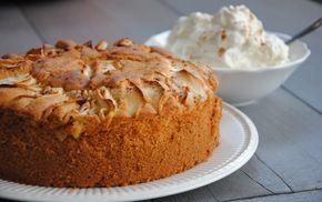 Cake met speculaas en appel. Heerlijk en makkelijk te maken. #sinterklaas #december #cake #appelcake #recept