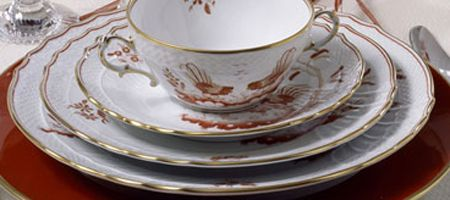 Richard Ginori Galli Rossi or Siena Rust   Galli Rossi, which means Golden Birds, is the oldest design in the Richard Ginori collection having been discovered on a visit in China by the founder of the Ginori porcelain factory, Marquis Carlo Ginori. The original Chinese porcelain incorporated red dragons but they were considered too fearsome for the delicate Italian taste and were changed to cockerels instead.