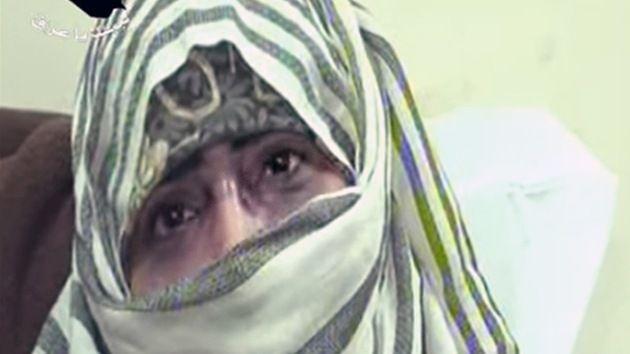 """""""El grupo yihadista Estado Islámico (el antiguo EIIL) ha exigido a los vecinos varones de una de las ciudades iraquíes conquistadas que presenten a sus hijas solteras para que participen en la yihad sexual, ofreciendo sus cuerpos a los militantes. [...] Navie Pillay, por su parte dijo que había recibido información de que cuatro mujeres en la ciudad se habían suicidado después de ser violadas o forzadas a casarse con militantes."""""""