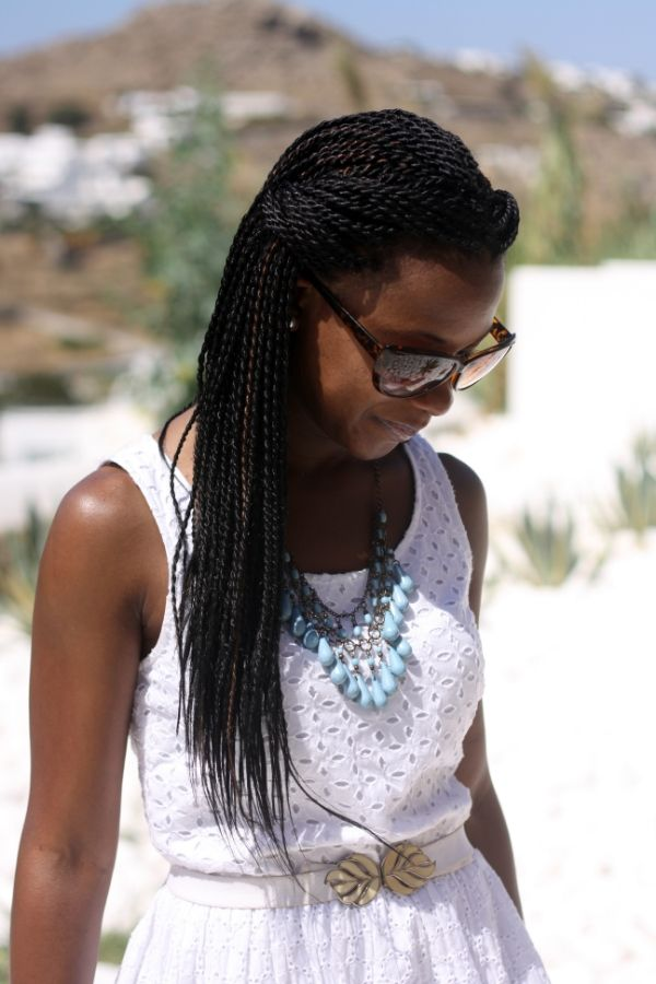 Senegalese twists!! I love the way these look, they look so natural! http://www.shorthaircutsforblackwomen.com/how-to-do-havana-twists/