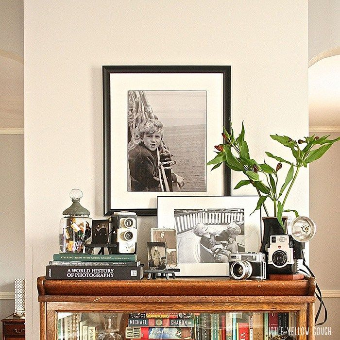 How-to-Display-Vintage-Camera-Collection (1)