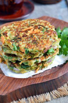 Luscious little Moong Bean and Veggie Cakes...Moong dal chilla via @Uma_MKE