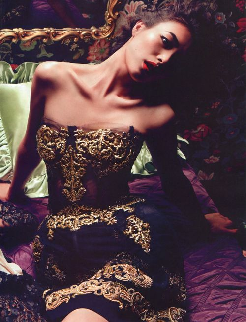 The Gossip Wrap-Up!: Editorial: Femme Fatale in Vogue China ♥Manhattan Girl