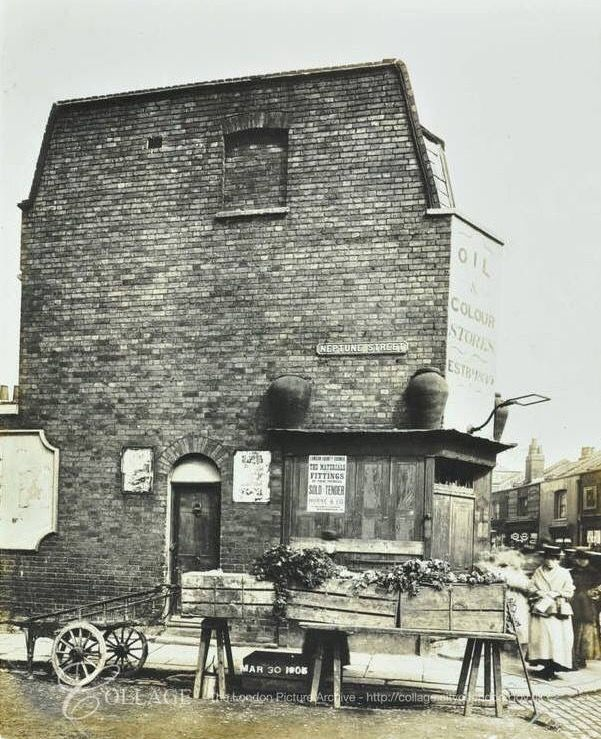 1 Neptune Street the corner of Neptune Street and Albion Street in Rotherhithe South East London England in 1905