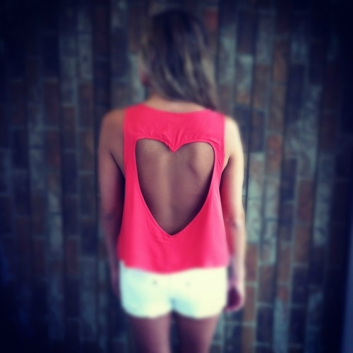 Fashion, Cutout, Closets, Heart Shape, Open Back Shirts, Open Backs, Tans Line, T Shirts, Cut Outs