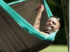 http://www.whamaku.pl/hamak-dwuosobowy-turystyczny-idealny-super-lekki-szybkoschnacy-odporny-na-plamy-colibri-h20-p2001