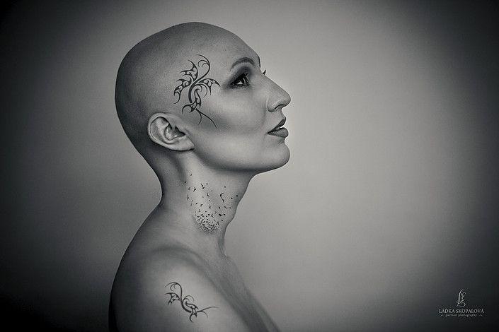 #photo #foceni #baldwomen #holohlavazena #bald #holahlava #art #umeni #tatto #tetování