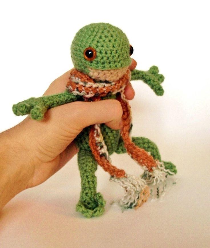 Frog by MaffersToys