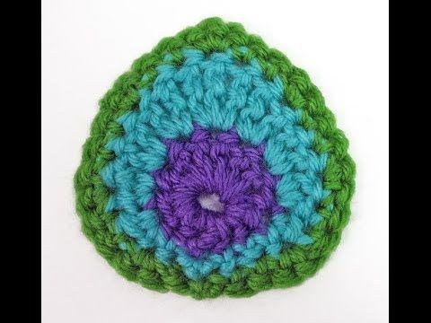 Plumas de pavo real a crochet y como se tejen con 1003 ideas - Patrones Crochet