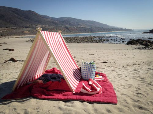 Easy DIY Beach Tent | Get Away Today Vacations - Official Site