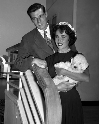 Liz Taylor with her  first husband Conrad Hilton c. Aug 1950