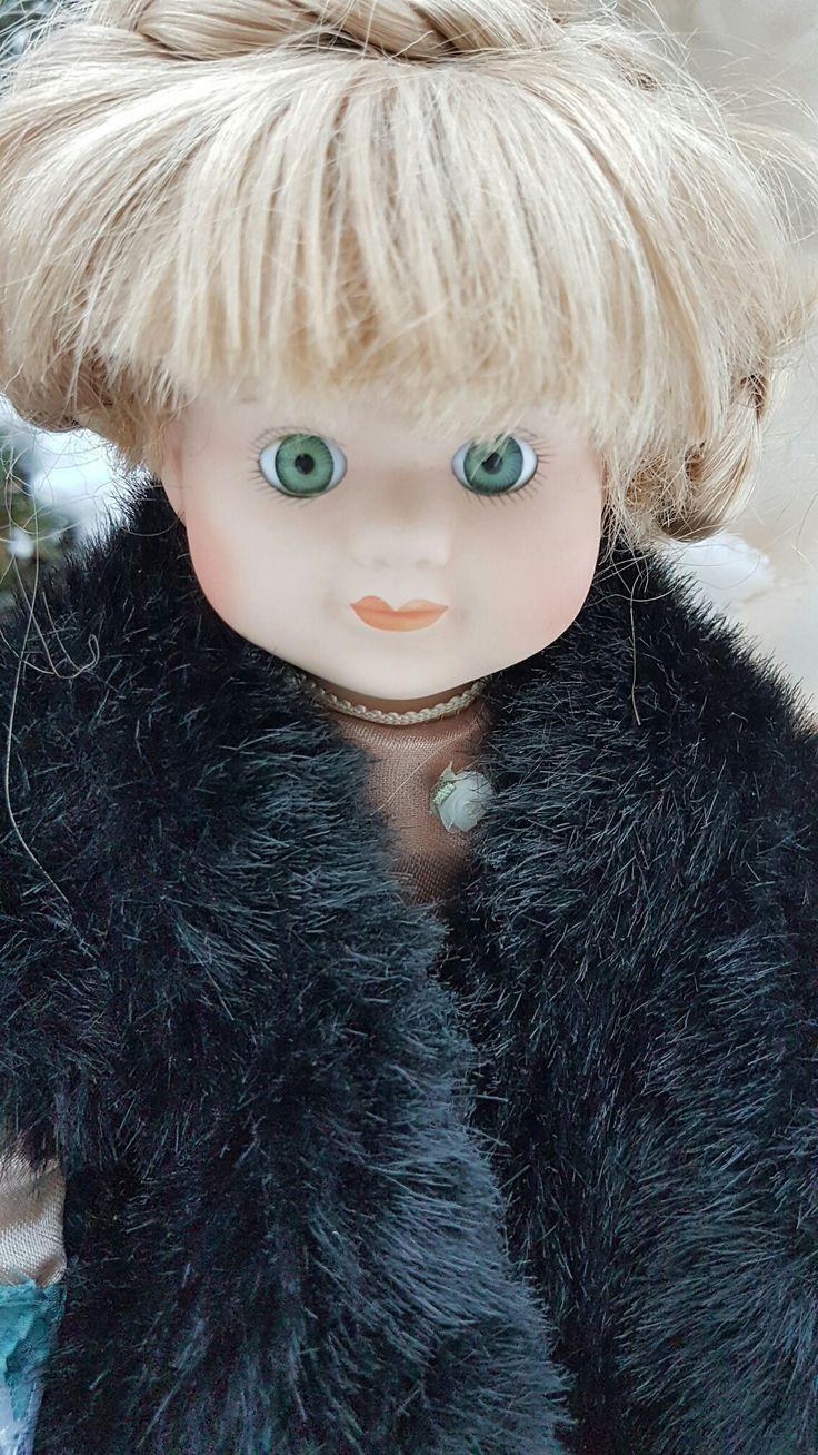 288.holčička Maruška blond zelené oči