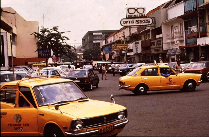 Very messy atmosphere at parking lot in Blok M, at 1983.