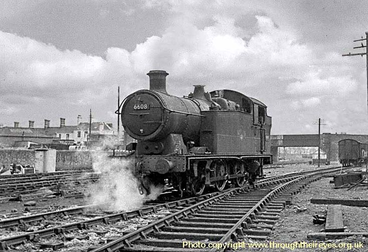 6608 at Cardiff Cathays shed (88A).