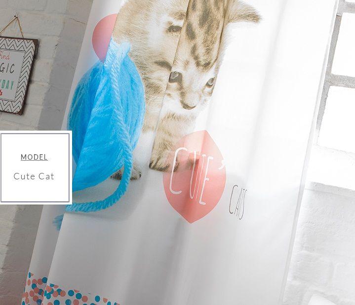 Dziecięca zasłona do pokoju w kolorze białym z kotem