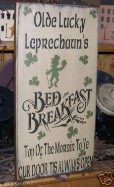 PRIMITIVE ST. PATRICK'S DAY SIGN~LUCKY LEPRECHAUN~IRISH