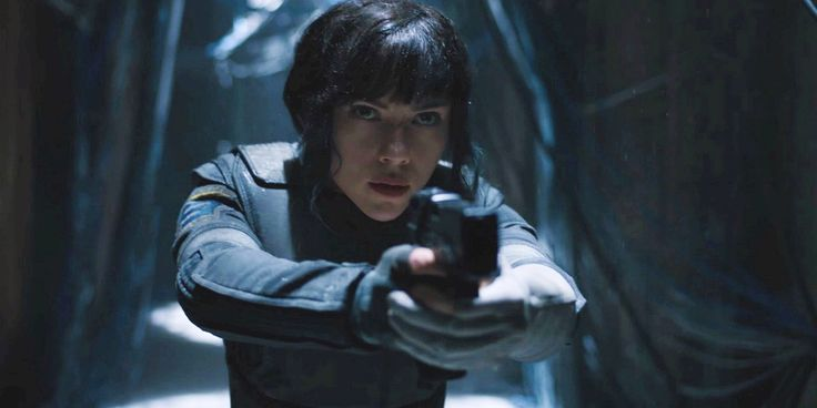 "Mamoru Oshii, who directed the Ghost in the Shell anime, has called Scarlett Johansson the ""best possible"" choice to play Major."