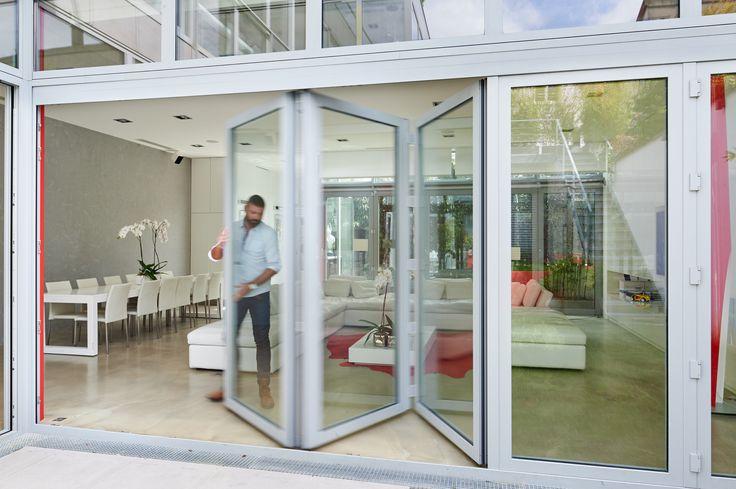 Baie vitr e en accord on aluminium r alisation de for Systeme fermeture baie vitree