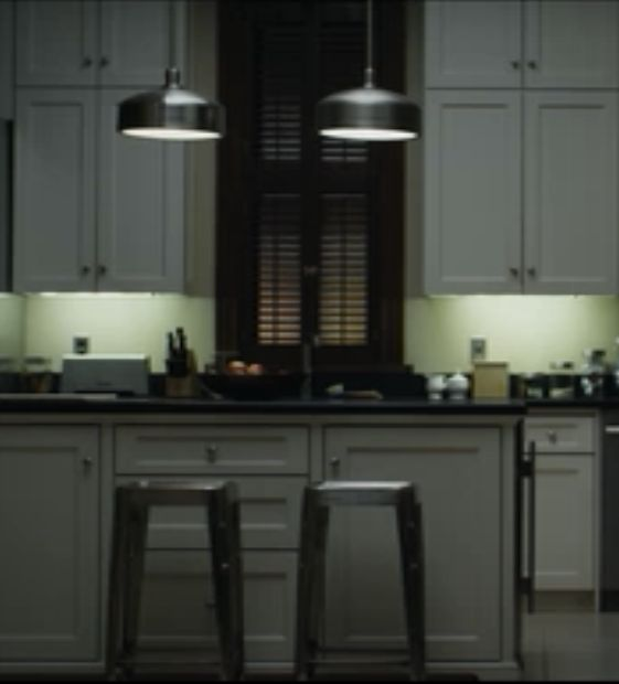 Underwood 39 s townhouse kitchen from house of cards looks for Kitchen cabinets reno