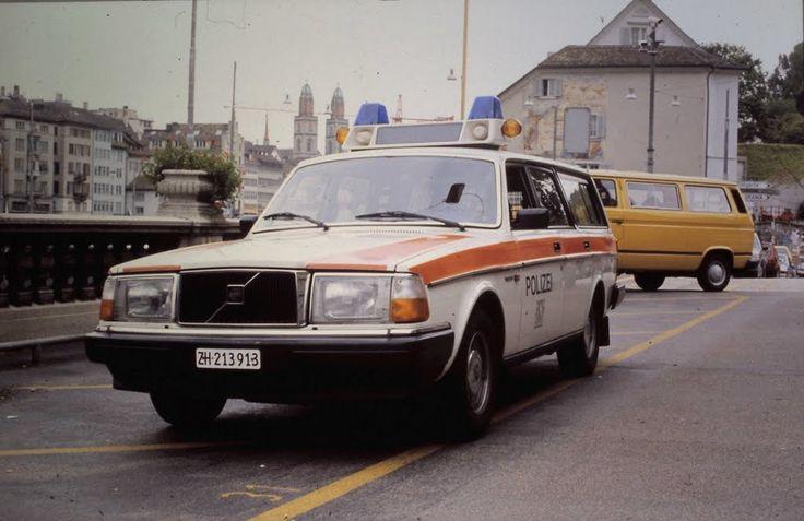 Volvo 245 Zurich Police