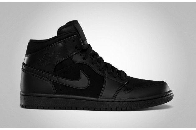 #nike #jordan all black everything.