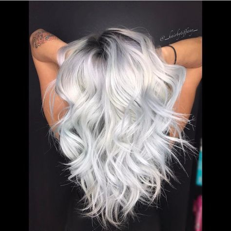White Hot Blonde by @_hairbytiffany_ #hotonbeauty . . . . #whitehair #platinumhair #platinumblonde #shadowroot
