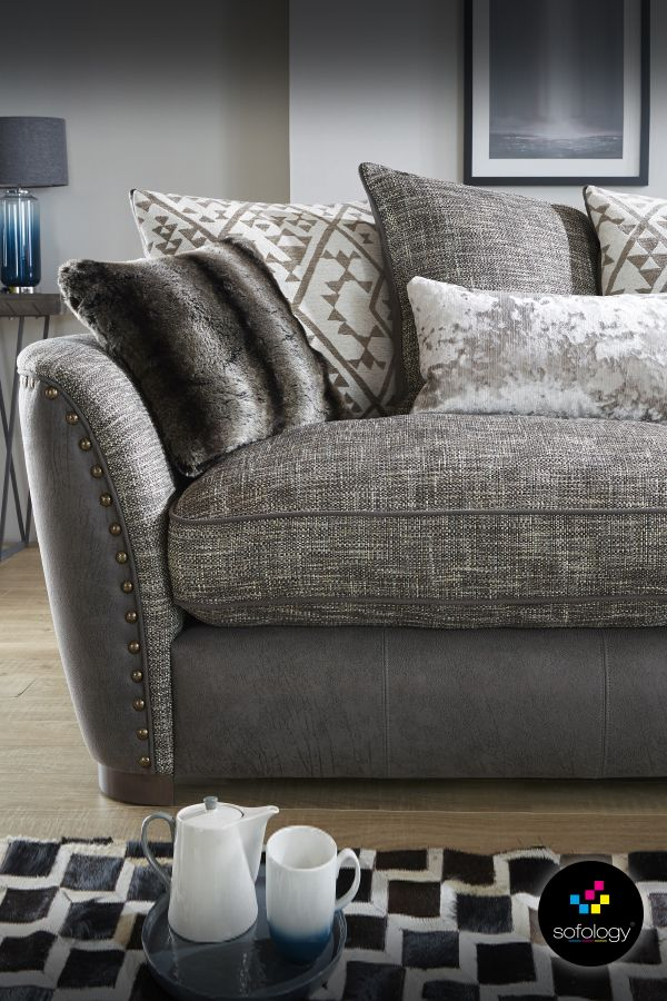 Hendrix, ultimate comfort guaranteed with soft, feather filled backs, deep blown fibre seats and a fully sprung right to the edge base. Plus, additional softness and style from the cosy faux fur and textured chenille scatter cushions.