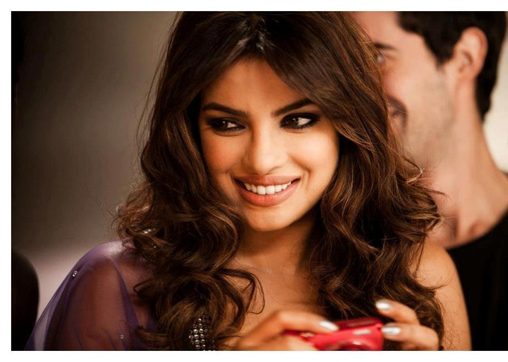 Have a look at Photos of Priyanka Chopra shooting for Nikon diwali special Ad… she is looking stunning and gorgeous…