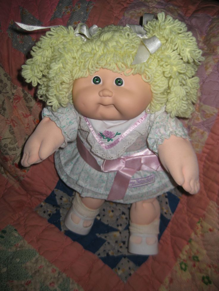 1000 images about cabbage patch kids on pinterest cabbages general hospital and little people. Black Bedroom Furniture Sets. Home Design Ideas