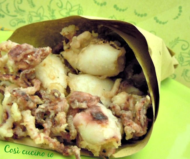 "Calamari fritti in ""scartosso"", ricetta finger street"