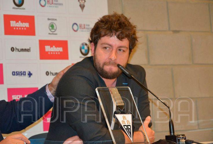 VÍCTOR MORENO SE DESPIDE DEL ALBACETE BALOMPIÉ  Albacete Balompié AÚPA ALBA Fútbol Noticias deportes Víctor Moreno