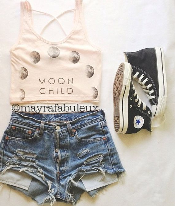 This is the cutest outfit. I love it and I found it at Etsy listing at https://www.etsy.com/listing/161847781/any-size-distressed-high-waisted-shorts