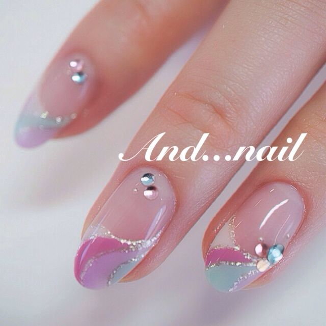 かわいいネイルを見つけたよ♪ #nailbook .. Like the colors & designs but not shape