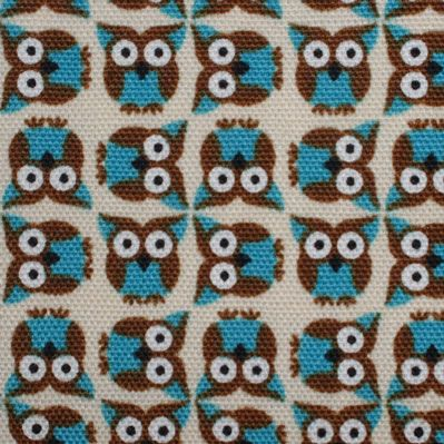 Mini uiltjes stof van KOKKA, stevige canvas http://www.troispetitspois.nl/home/129-canvas-uiltjes-op-creme.html